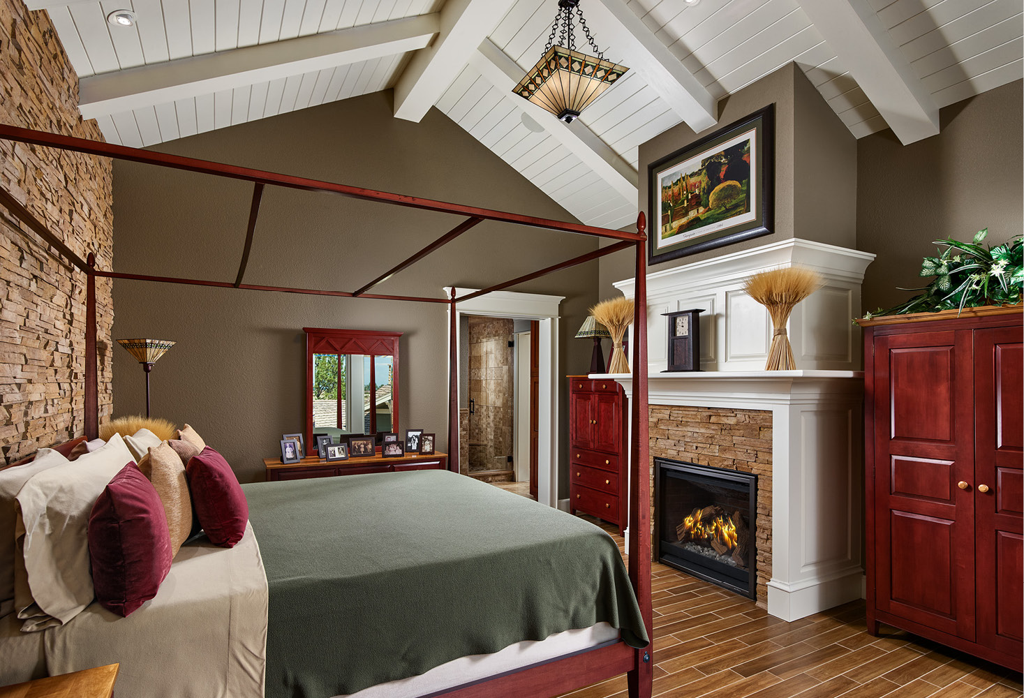 HHC-master-bedroom